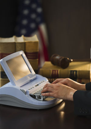 court reporter vs tape recorder The disastrous loss of nearly 100 grand jury indictments caused by a tape recorder system malfunction has resulted in the state's trial courts relying exclusively on court reporters, leaving tapes for minor proceedings such as motions.